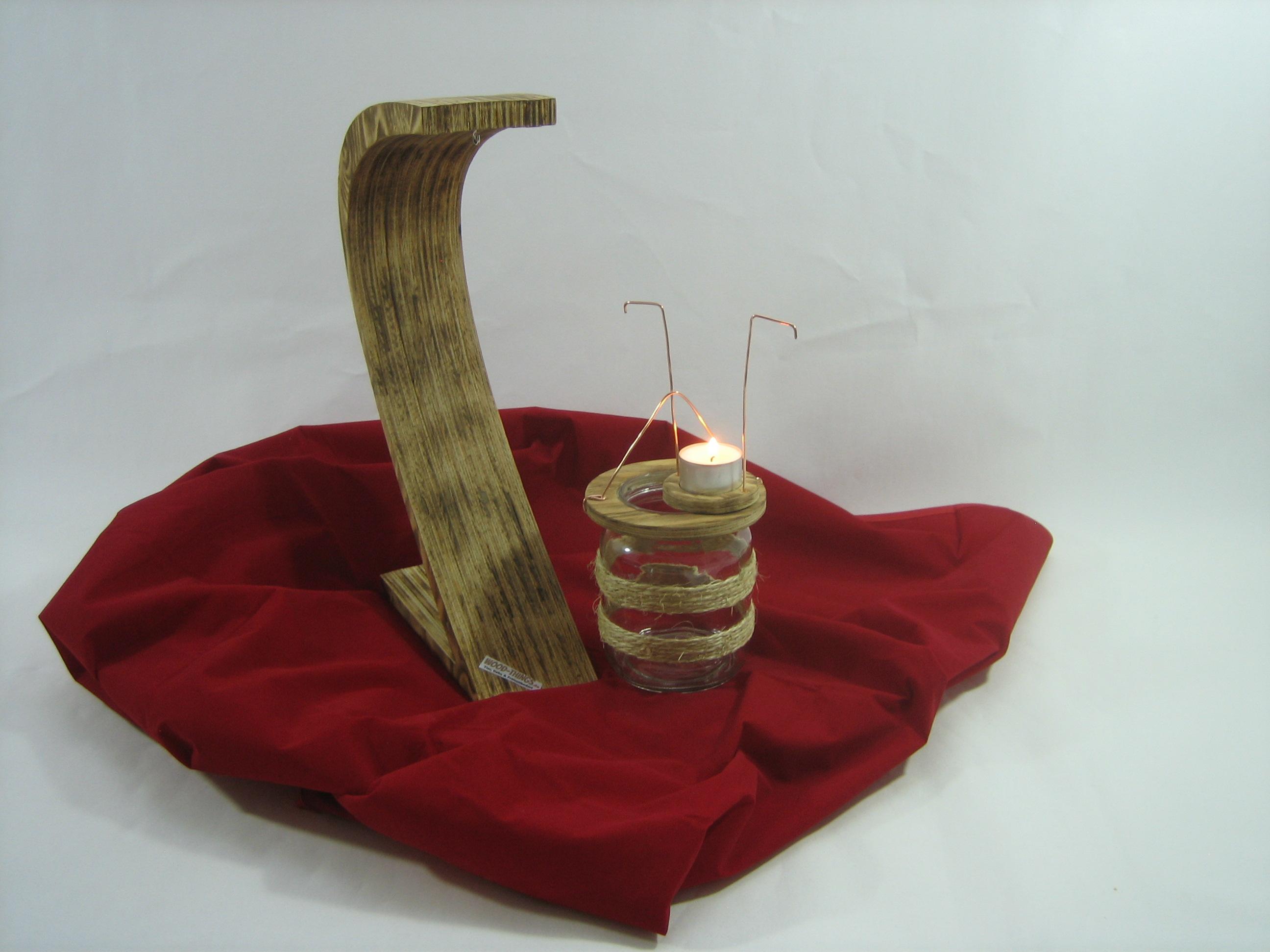 Wood extravagantes windlicht aus holz glas for Holz windlicht